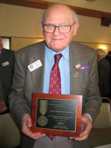PDG Fraser Dukes Award 15.04.14 004